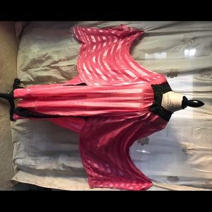 Fabulous traditional pink EgyptianBerber day dress